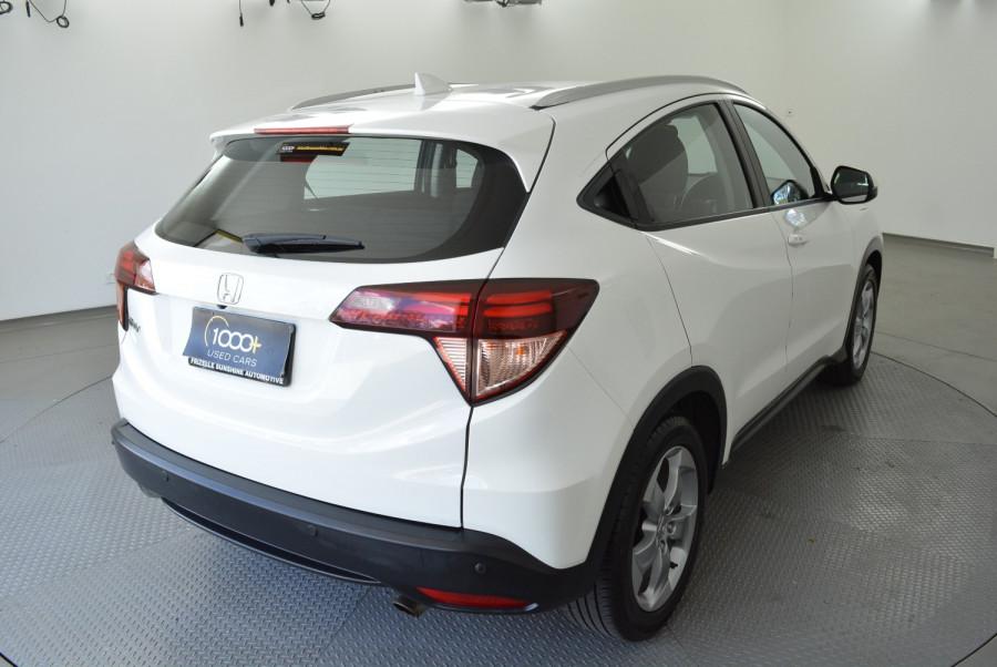 2016 Honda HR-V VTi-S Hatchback Image 9