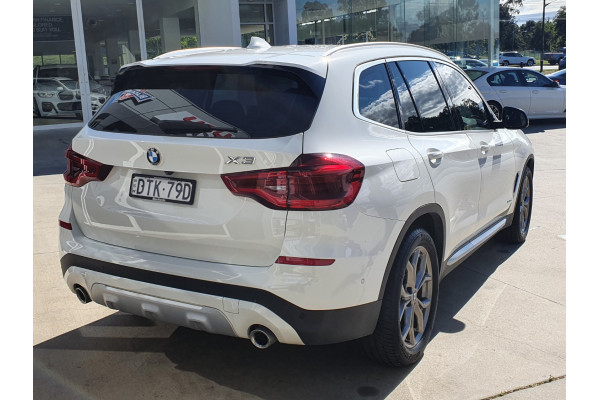 2017 BMW X3 Series G01 XDRIVE20D Wagon Image 3