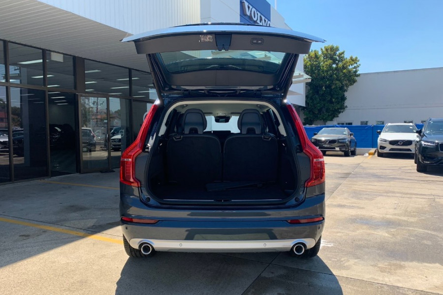 2019 Volvo XC90 L Series D5 Momentum Suv Mobile Image 15