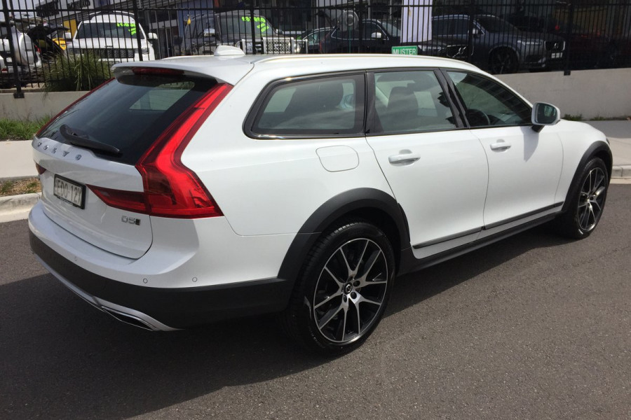 2019 Volvo V90 Cross Country MY20 4X4 On Demand D5 Hatchback Mobile Image 2
