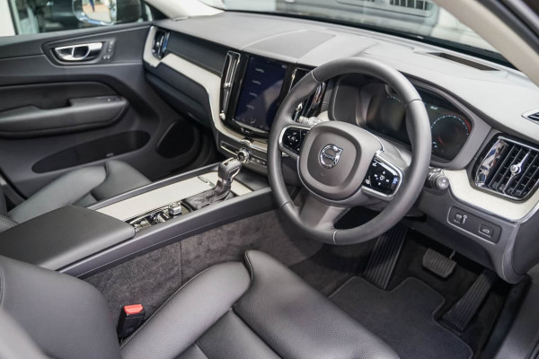 2019 Volvo XC60 UZ T5 Inscription Suv Image 4