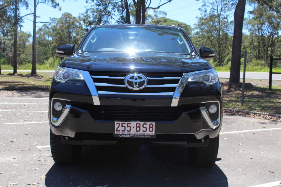 2015 Toyota Fortuner GXL Image 3
