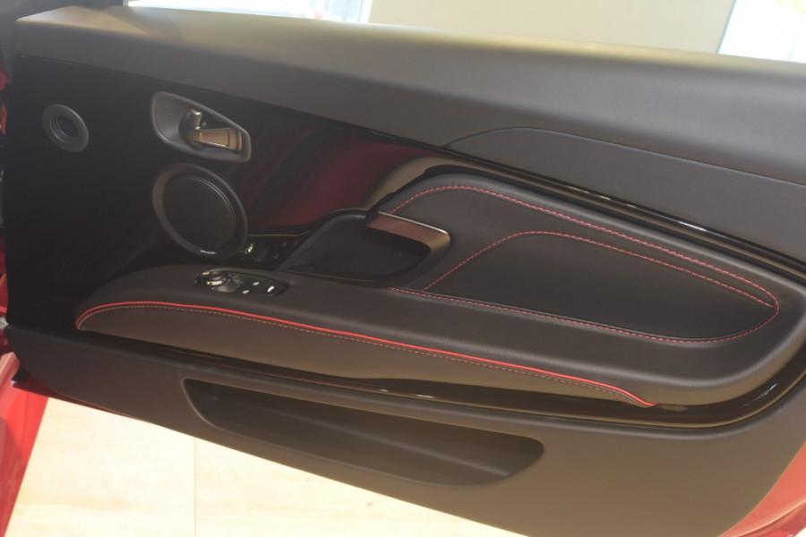 2018 MY19 Aston martin Dbs Superleggera Coupe Image 22