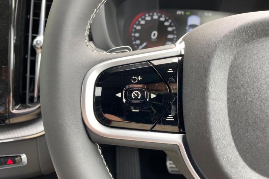 2020 Volvo XC60 UZ T6 R-Design Suv Mobile Image 18