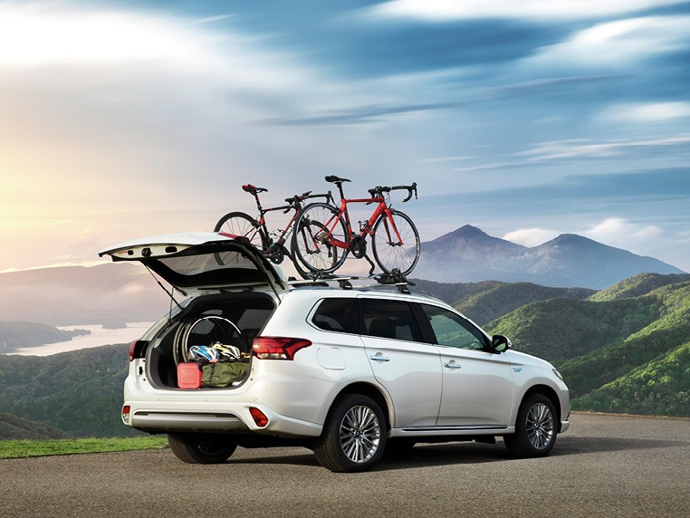 Personalise your Outlander PHEV Image