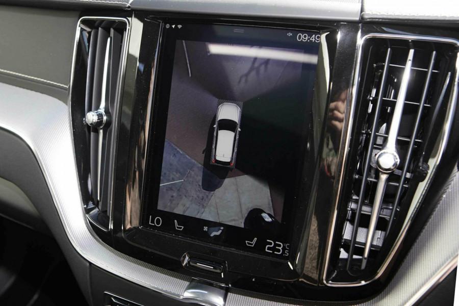 2019 Volvo XC60 UZ D5 R-Design Suv Mobile Image 14