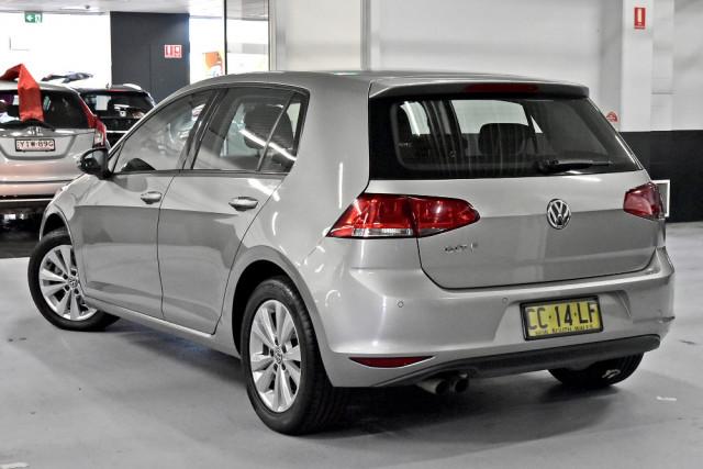 2014 Volkswagen Golf Hatchback Image 2
