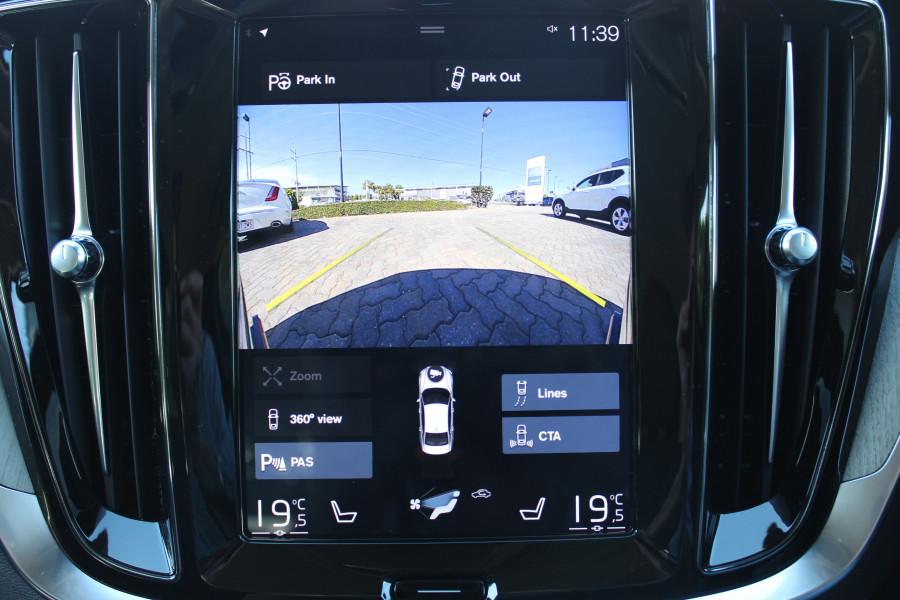 2019 MY20 Volvo S60 Z Series T5 Inscription Sedan Image 16