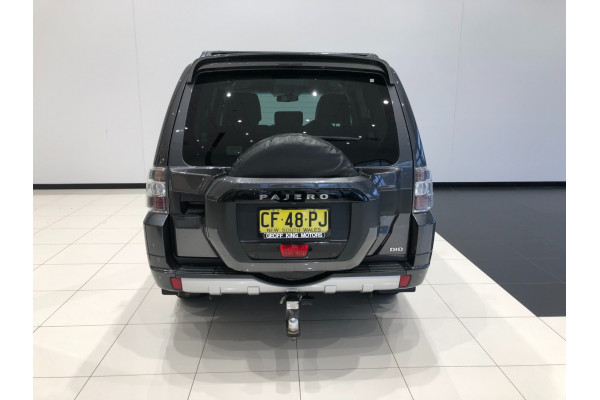 2016 Mitsubishi Pajero NX Turbo GLS Suv Image 5