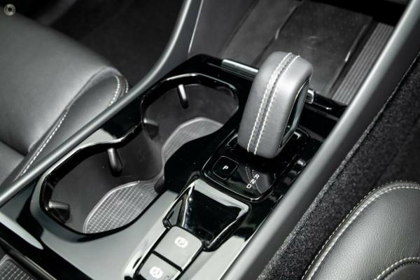 2020 MY21 Volvo XC40 XZ T5 Recharge PHEV Suv Image 2