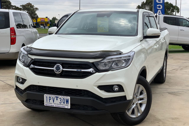 2019 SsangYong Musso Ultimate 4 of 14