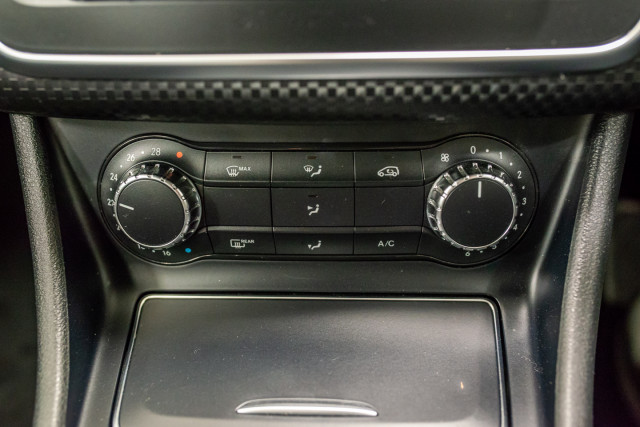 2015 MY06 Mercedes-Benz A-class W176  A200 Hatchback Image 29