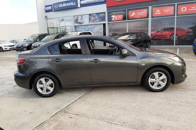 2010 Mazda 3 BL10F1 Neo Sedan Image 4