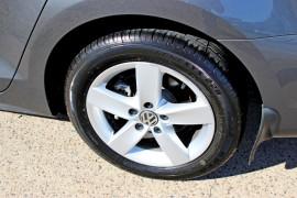 2012 MY13 Volkswagen Jetta 1B  103TDI 103TDI - Comfortline Sedan Mobile Image 8