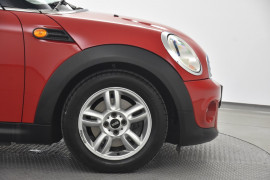 2012 Mini Hatch R56 LCI Cooper Hatchback Image 5