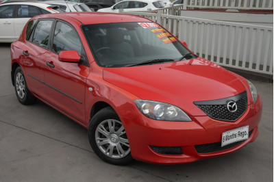 2004 Mazda 3 BK Series 1 Neo Hatchback Image 2