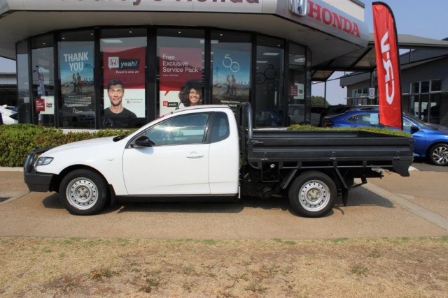 2011 Ford Falcon FG Cab chassis - extended cab Image 5
