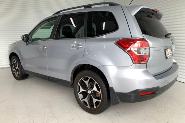2013 Subaru Forester S4 2.0D-S Suv Image 4