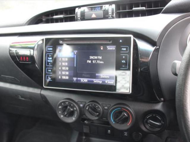 2017 Toyota HiLux GUN126R SR Cab chassis - dual cab