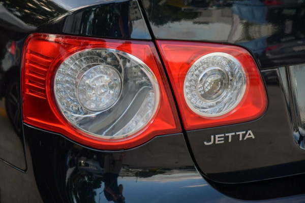 2008 Volkswagen Jetta 1KM MY08 FSI Tiptronic Sedan Image 4