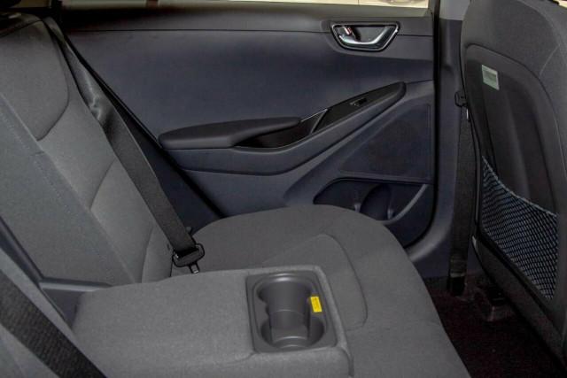 2021 Hyundai IONIQ AE.V4 Hybrid Elite Fastback