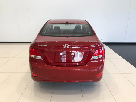 2018 Hyundai Accent RB6 Sport Sedan Image 5