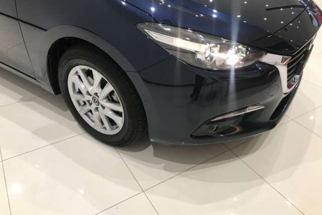 2017 Mazda 3 BN5478 Maxx Hatch Image 2