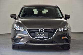 2013 Mazda 3 BM5478 Maxx Hatchback Image 2