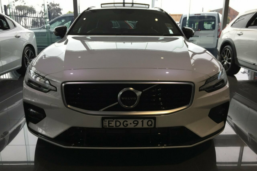 2019 MY20 Volvo V60 Z Series MY20 T5 Geartronic AWD R-Design Wagon Mobile Image 5