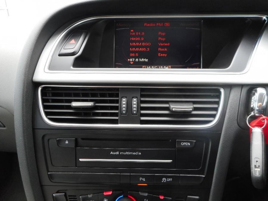 2010 Audi A5 8T  Coupe