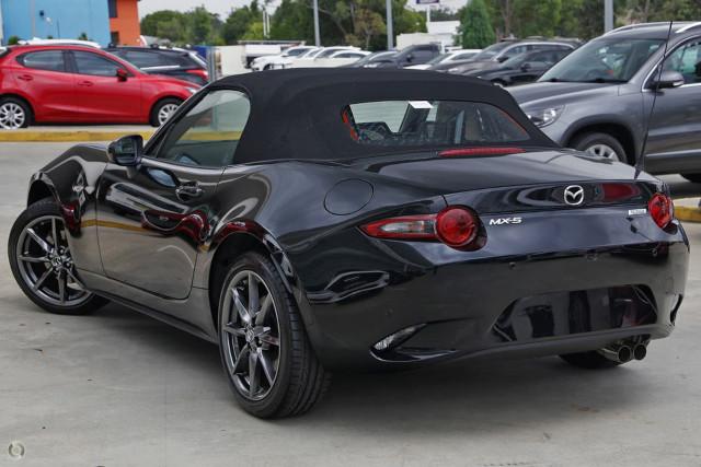 2019 Mazda MX-5 ND Roadster GT Targa Mobile Image 4