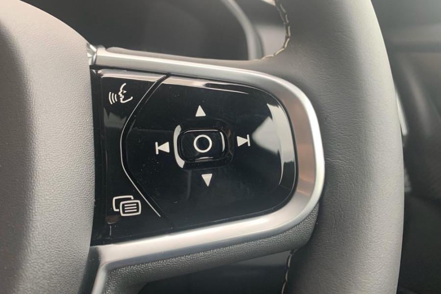 2020 Volvo XC90 L Series T6 R-Design Suv Mobile Image 19