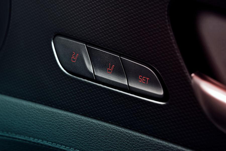 Integrated memory seat