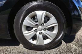 2015 Hyundai Elantra MD3 Active Sedan Image 2