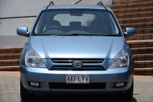 2009 MY07 Kia Grand Carnival VQ EXE Wagon Image 2