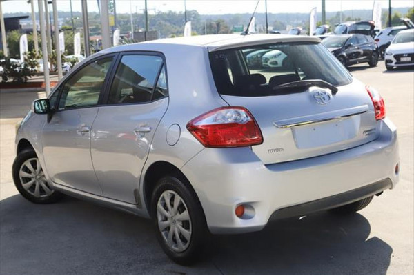 2010 Toyota Corolla ZRE152R MY11 Ascent Hatchback Image 3