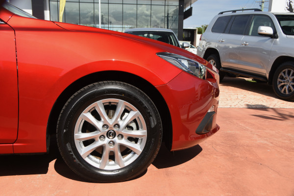 2014 Mazda 3 BM5478 Maxx Hatch Image 5