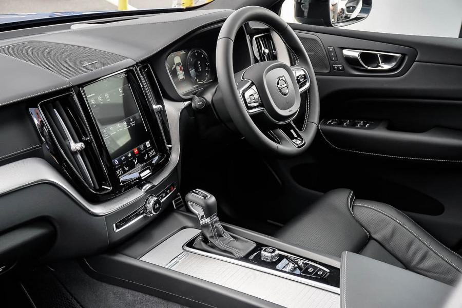 2019 MY20 Volvo XC60 UZ D5 R-Design Suv Mobile Image 18