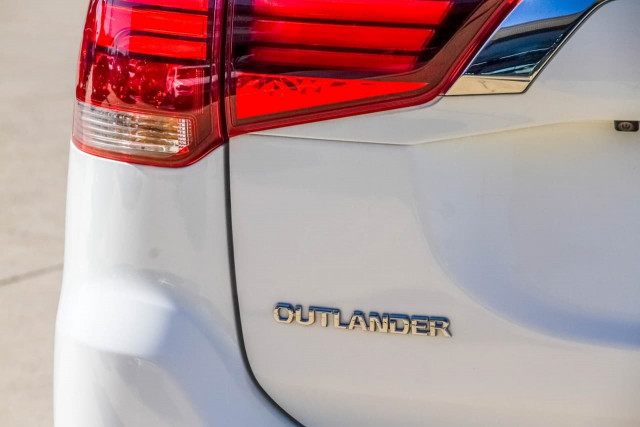 2016 Mitsubishi Outlander ZK MY17 LS Safety Pack Suv Image 17