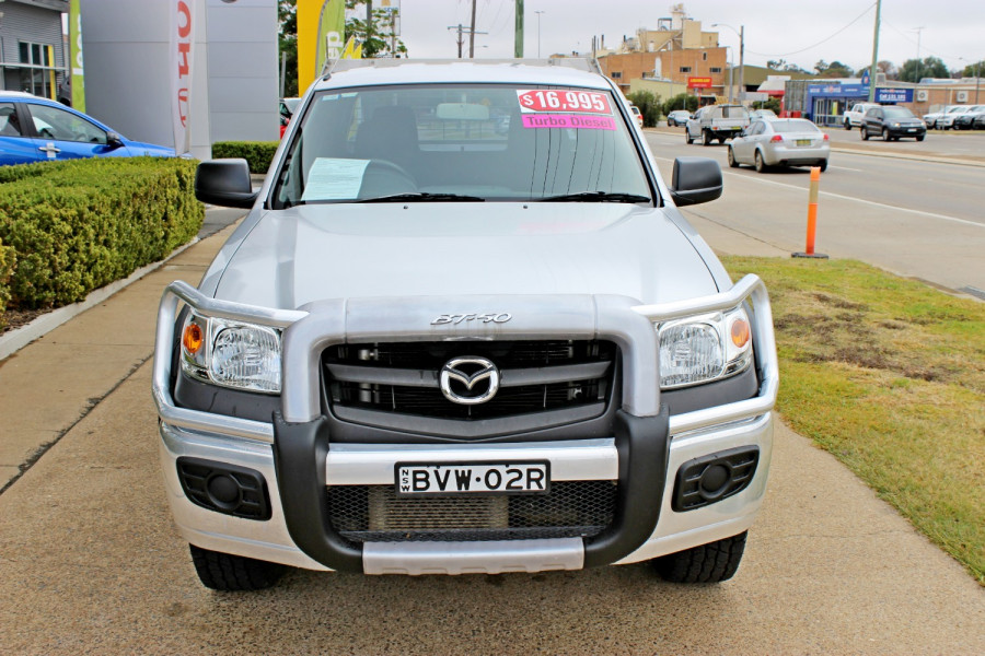 2010 Mazda BT-50 UNY0E4 DX Cab chassis - dual cab