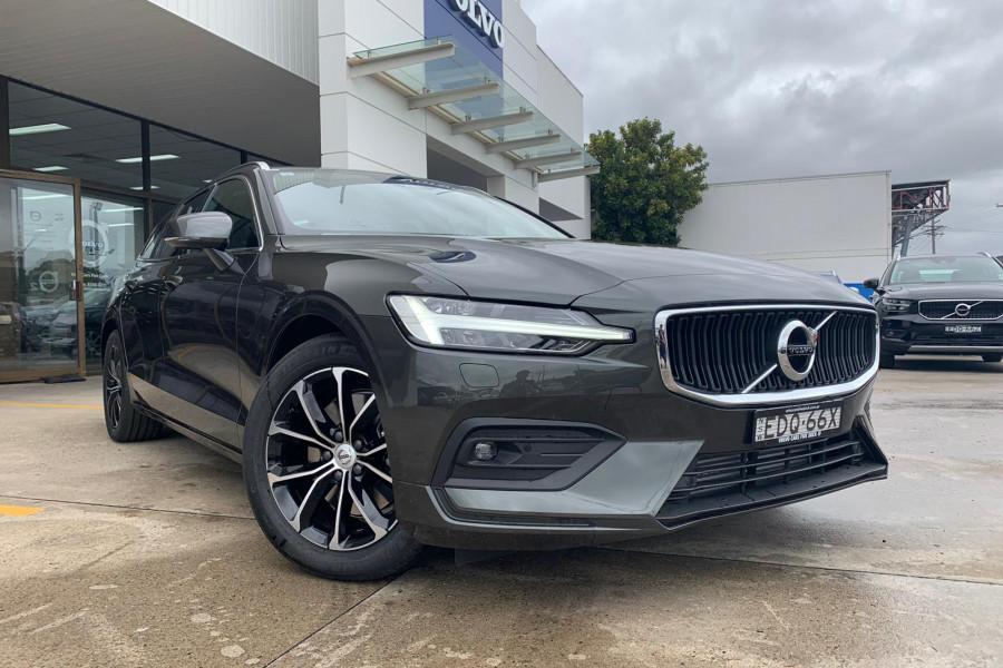 2020 Volvo V60 (No Series) T5 Momentum Wagon Mobile Image 3