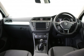2016 MY17 Volkswagen Tiguan 5N MY17 110TSI Suv Image 5