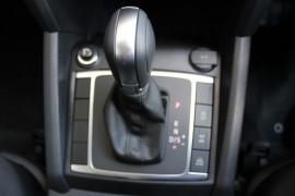 2019 MYV6 Volkswagen Amarok 2H Highline Black 580 Double cab