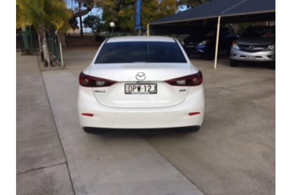 2017 Mazda 3 BN5278 Touring Sedan Image 2