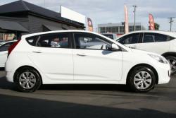 2017 Hyundai Accent RB4 MY17 Active Hatchback