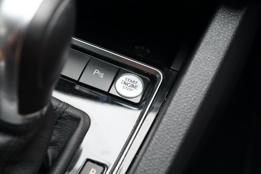 2015 Volkswagen Jetta 1B MY15 118TSI Sedan Image 13