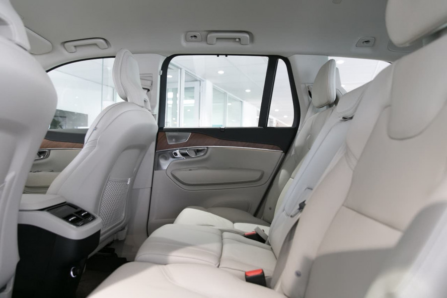 2018 Volvo XC90 L Series D5 Inscription Suv Mobile Image 6
