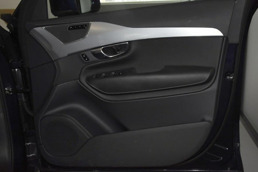 2019 Volvo XC90 (No Series) MY19 D5 Momentum Suv Mobile Image 5