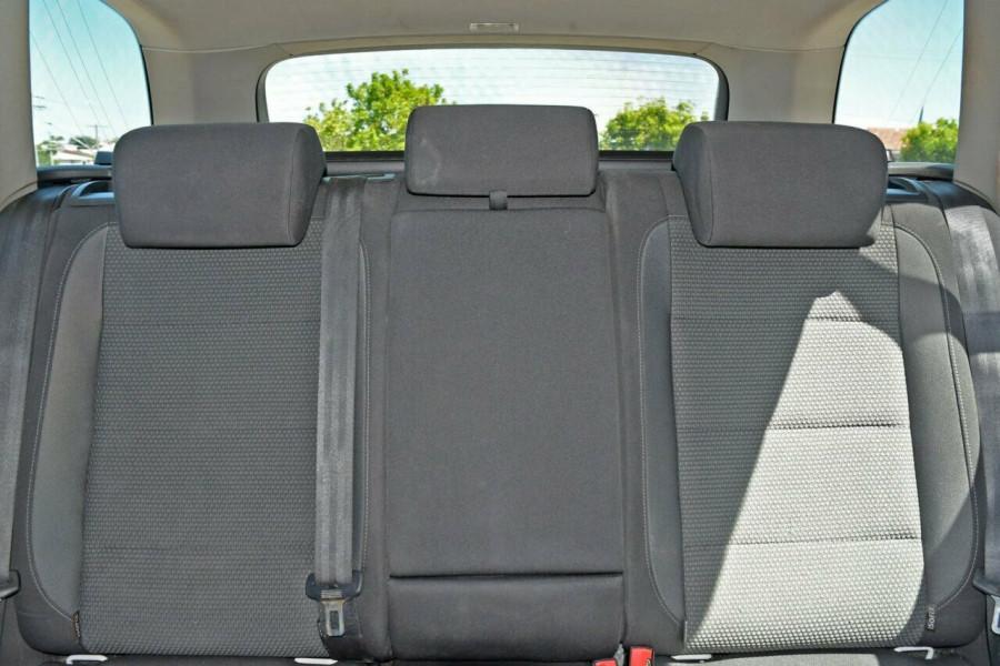 2010 MY11 Volkswagen Golf VI MY11 103TDI DSG Comfortline Wagon Image 15
