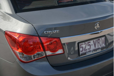 2010 Holden Cruze JG CD Sedan Image 5